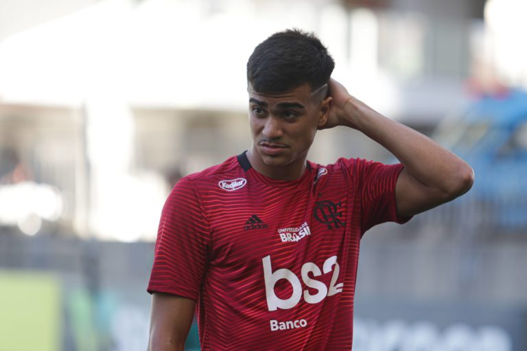 Ajax offers €25 million for Brazilian wonderkid Reinier