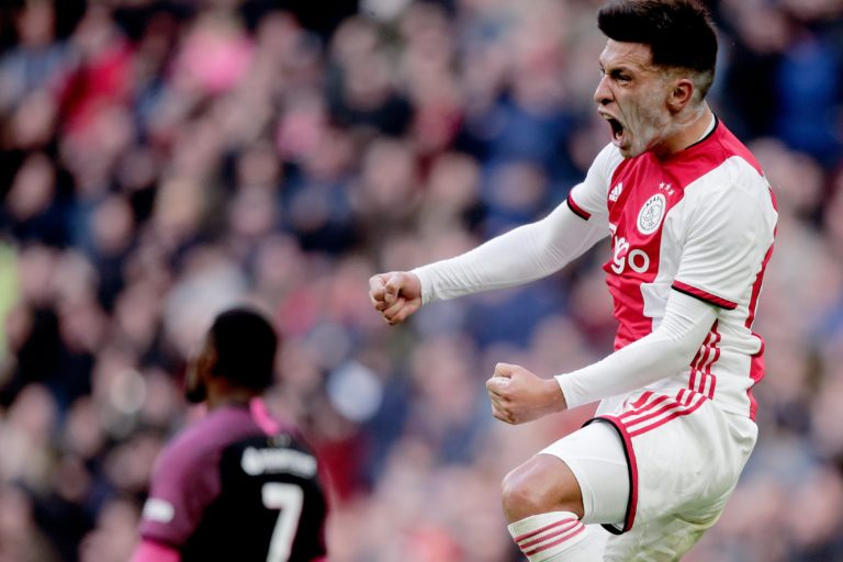 Match report: Ajax scores four against Utrecht in convincing victory.