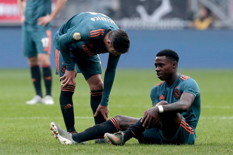 Ajax loses another winger, Promes out injured versus Twente