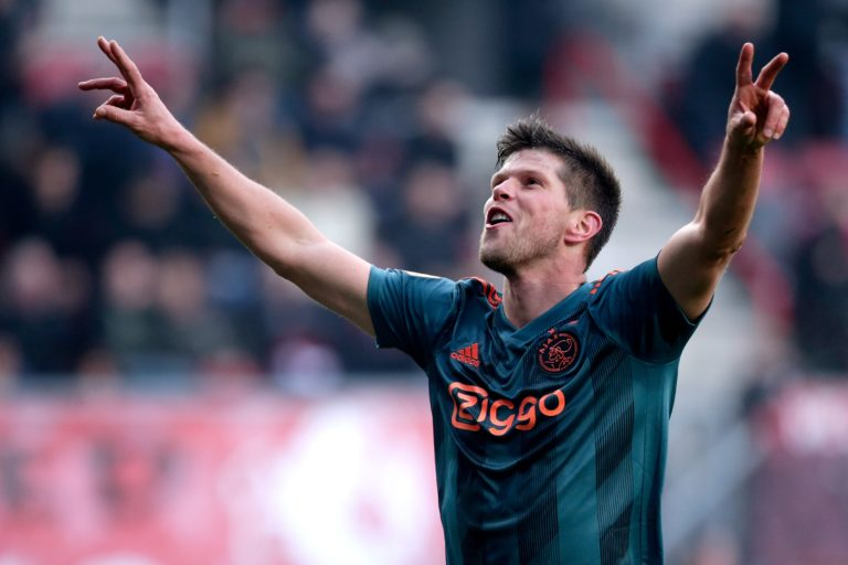 'Ajax in talks with Huntelaar for one more season'