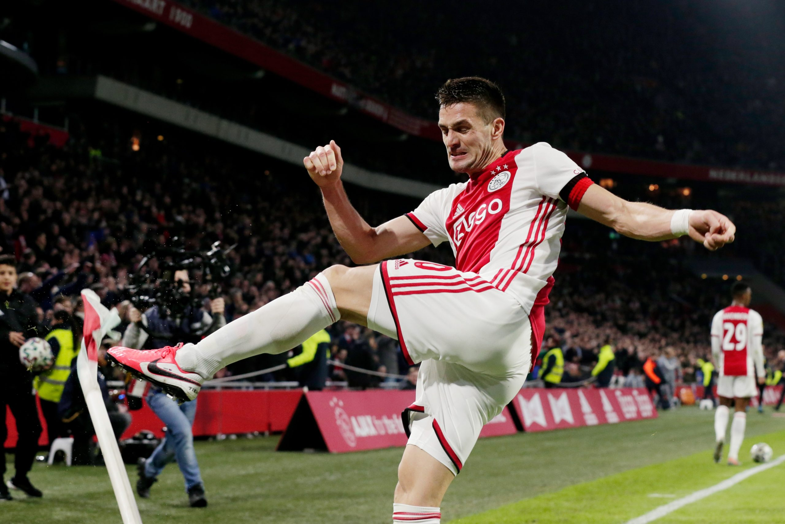 Match Report Ajax Win Three Points But Lose Three Players Against Psv All About Ajax