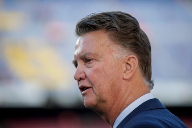 Louis van Gaal on clubs as Ajax: 'Abusing the coronacrisis for their own benefit – I can't stand it'