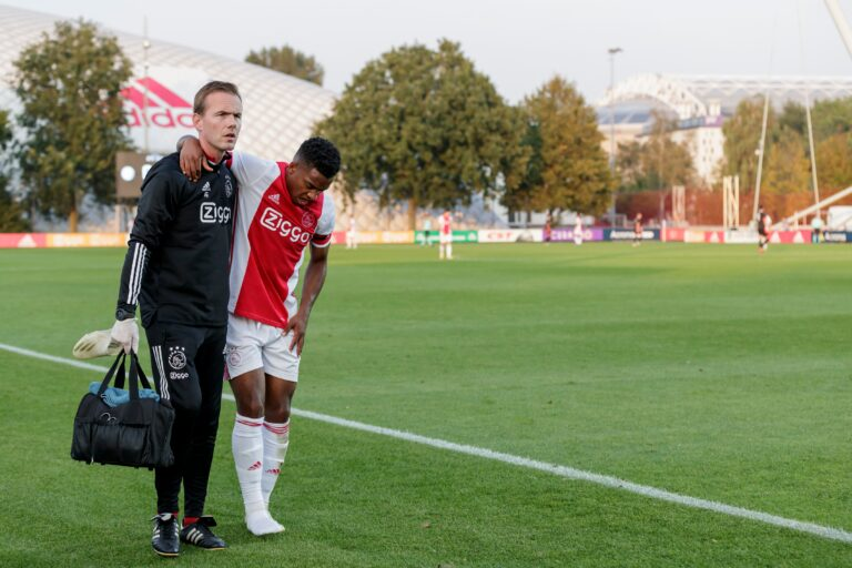 Quinten Timber has broken his metatarsal bones, long recovery awaits