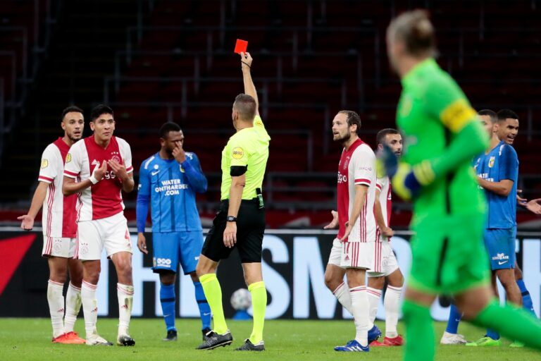 Disciplinary committee dismisses red card Álvarez