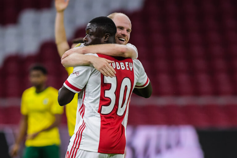 Poor Ajax beats Fortuna Sittard with difficulty